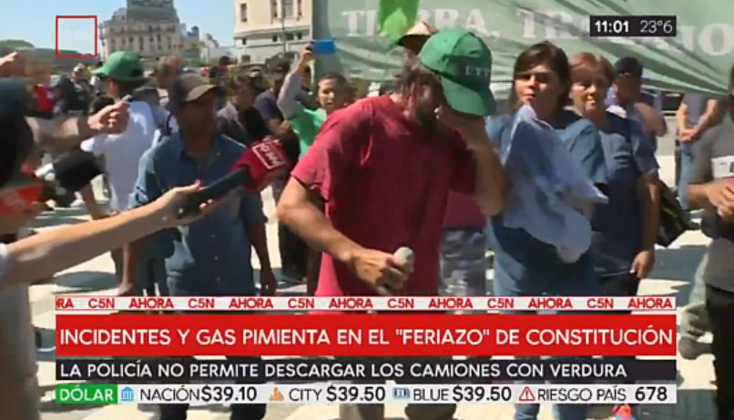 "[VIDEO] RODRIGUEZ LARRETA GASEÓ A PRODUCTORES EN LA PLAZA PARA EVITAR EL ""VERDURAZO"""