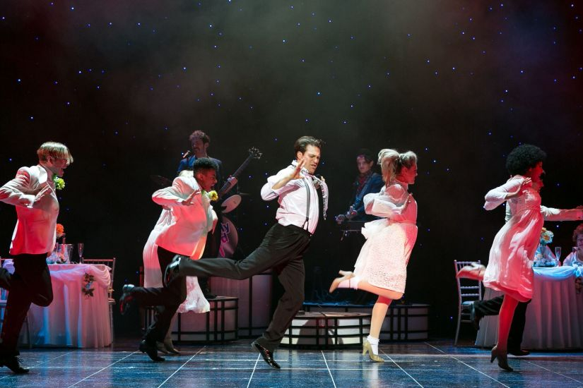 The Wedding Singer UK Tour starring Jon Robyns, Cassie Compton and Ray Quinn