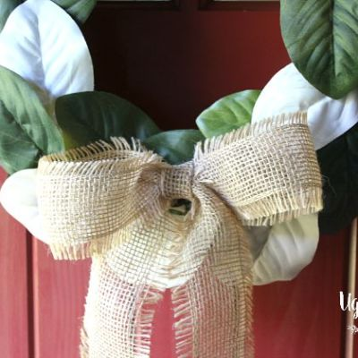 Hospitality Filled Home – Painted Magnolia Wreath