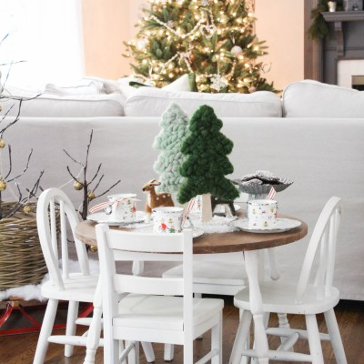 Kids Woodland Holiday Table