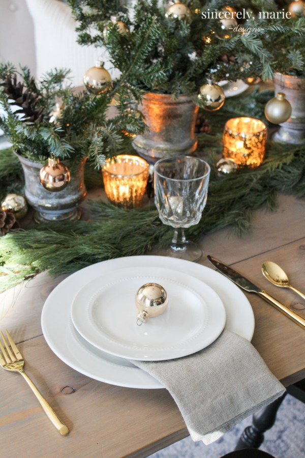 An Elegant Christmas Tablescape