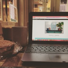 When we got back I decided to kill some time at my favorite coffee shop, MOD! Uber good carrot cake cookie sanwiches and atmosphere!