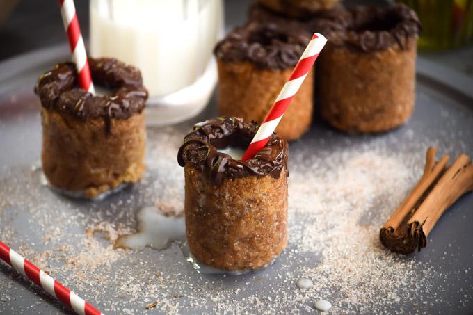 Chocolate Coated Snickerdoodle Milk & Cookie Shots (9)