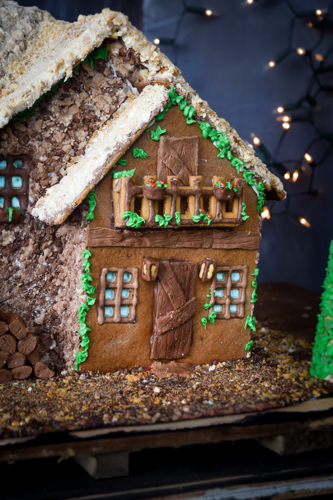 Gingerbread House 2015! Fairytale Forest Cottage (11)