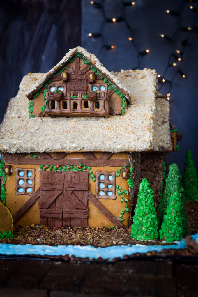 Gingerbread House 2015! Fairytale Forest Cottage (3)