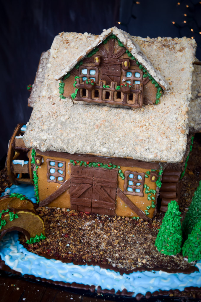 Gingerbread House 2015! Fairytale Forest Cottage (6)