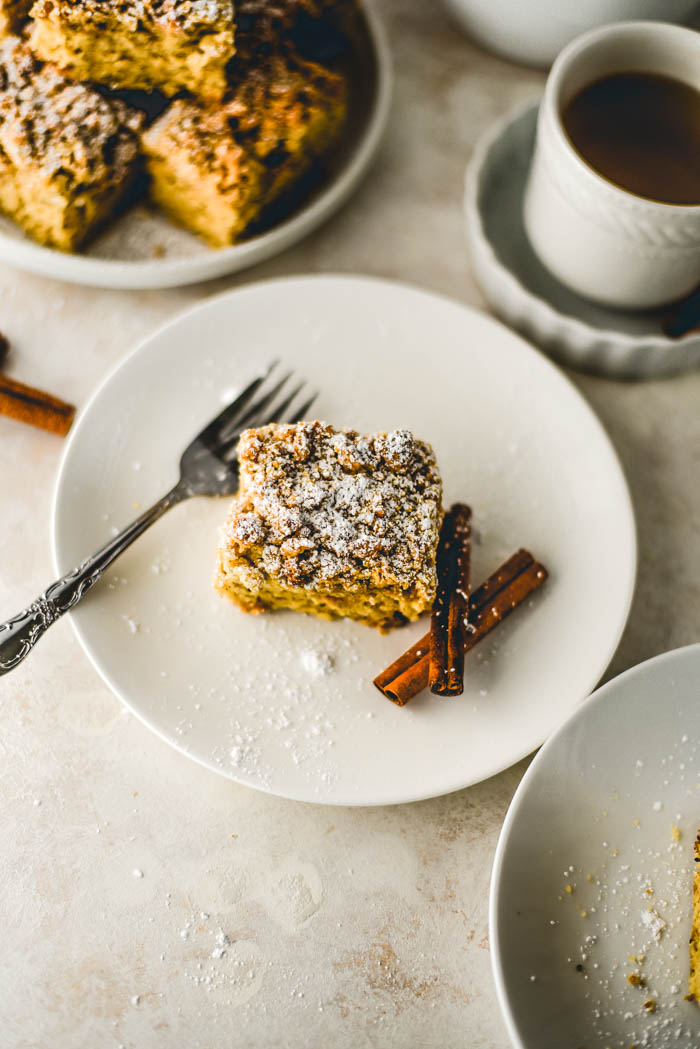 vegan cinnamon cake