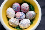 DIY Silk Tie Dyed Easter Eggs