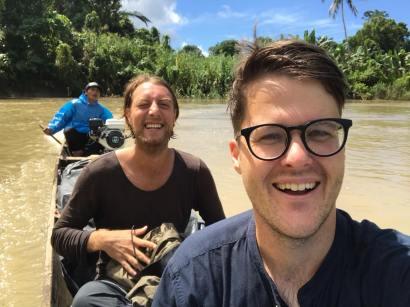 Sinchi workshop facilitators Steyn Hoogakker and Palmer Keen on their way up river