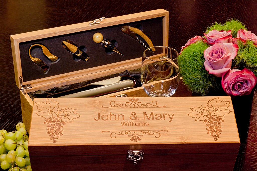 Bamboo Wine Gift For Couple, Personalized Wedding Gift