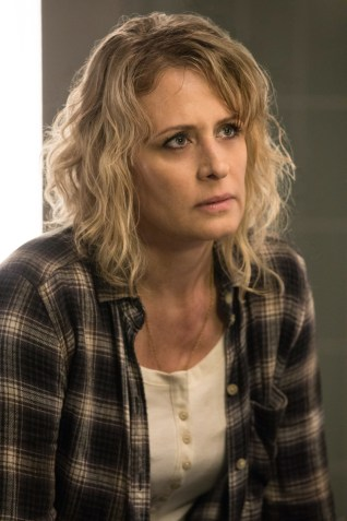 "Supernatural --""There's Something About Mary"" -- SN1221a_0116.jpg -- Pictured: Samantha Smith as Mary Winchester -- Photo: Jack Rowand/The CW -- © 2017 The CW Network, LLC. All Rights Reserved"