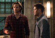 """Supernatural --""""All Along the Watchtower"""" -- SN1223a_0012.jpg -- Pictured (L-R): Jared Padalecki as Sam and Jensen Ackles as Dean -- Photo: Jack Rowand/The CW -- © 2017 The CW Network, LLC. All Rights Reserved"""