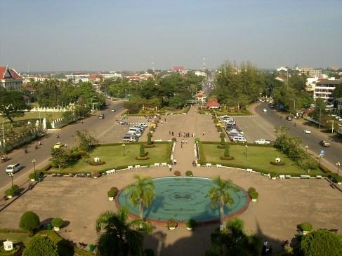 Laos Vientiane Parque Buda Mirador Patuxai - Lugares de interés en Vientiane, ¿qué ver en la capital de Laos?