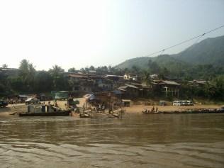 PIC02802 - Frontera Vietnam - Laos: de Sapa a Muang Khua en autobús