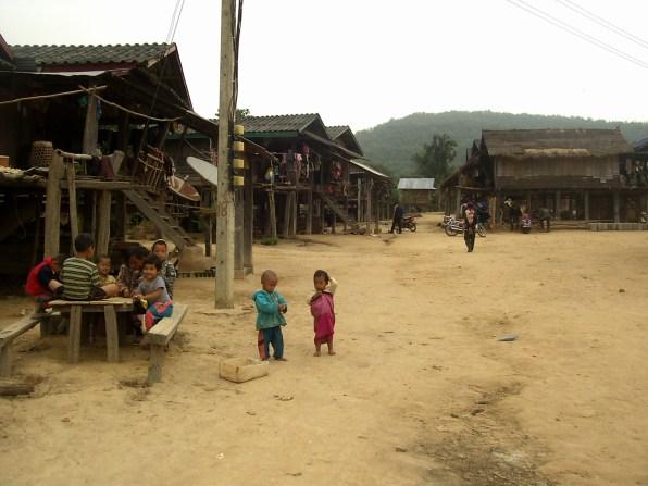 PIC02893 1 - Muang Sing en bicicleta, lo mejor de Luang Namtha