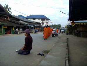 Huay Xai - Morning Alms-Giving Ceremony