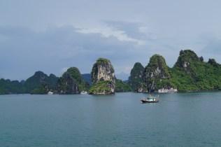 Vietnam Bahía de Halong Paisaje - Bahía de Halong, tour de 2 días en barco con pros y contras