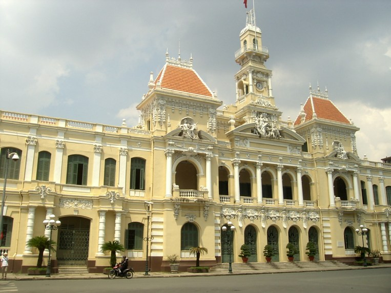 Ho Chi Minh Central Post Office - Top South Vietnam: The best places to visit