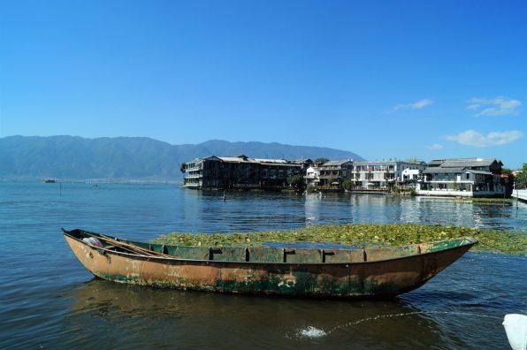 Yunnan Antigua ciudad de Dali Lago Erhai  scaled - Antigua ciudad de Dali en Yunnan: 5 lugares imprescindibles