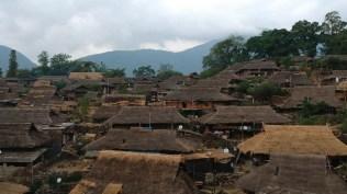 Wending Vista aérea 1 - Wengding, la última aldea tribal de China