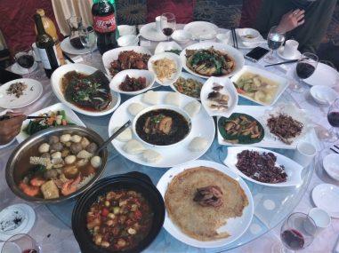 China Gastronomía de Yunnan scaled - Vivir en China: las 5 cosas que más me impactaron