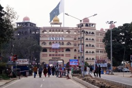 Amristar Wagah Frontera con Pakistán 01 - Golden Temple of Amritsar & the Sikh: history & culture
