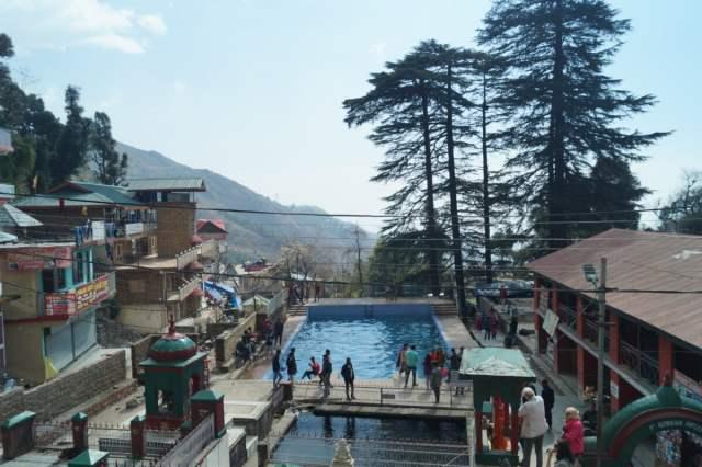 Dharamsala McLeod Ganj Hindu temple Bhagsunath 500x333 - What to do in McLeod Ganj? Travel guide & Attractions
