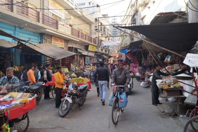 Haridwar Mercado 500x333 - Haridwar and the Kumbh Mela Religious Pilgrimage