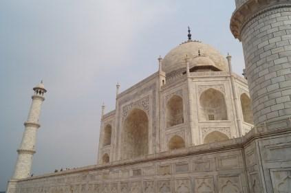 Mausoleo Taj Mahal 03 - La curiosa historia del Taj Mahal: amor, simetría y sacrificio