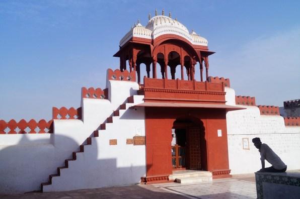Bikaner Templo Bhandasar Jain 02 - Bikaner y el Templo de las Ratas: mitos y supersticiones