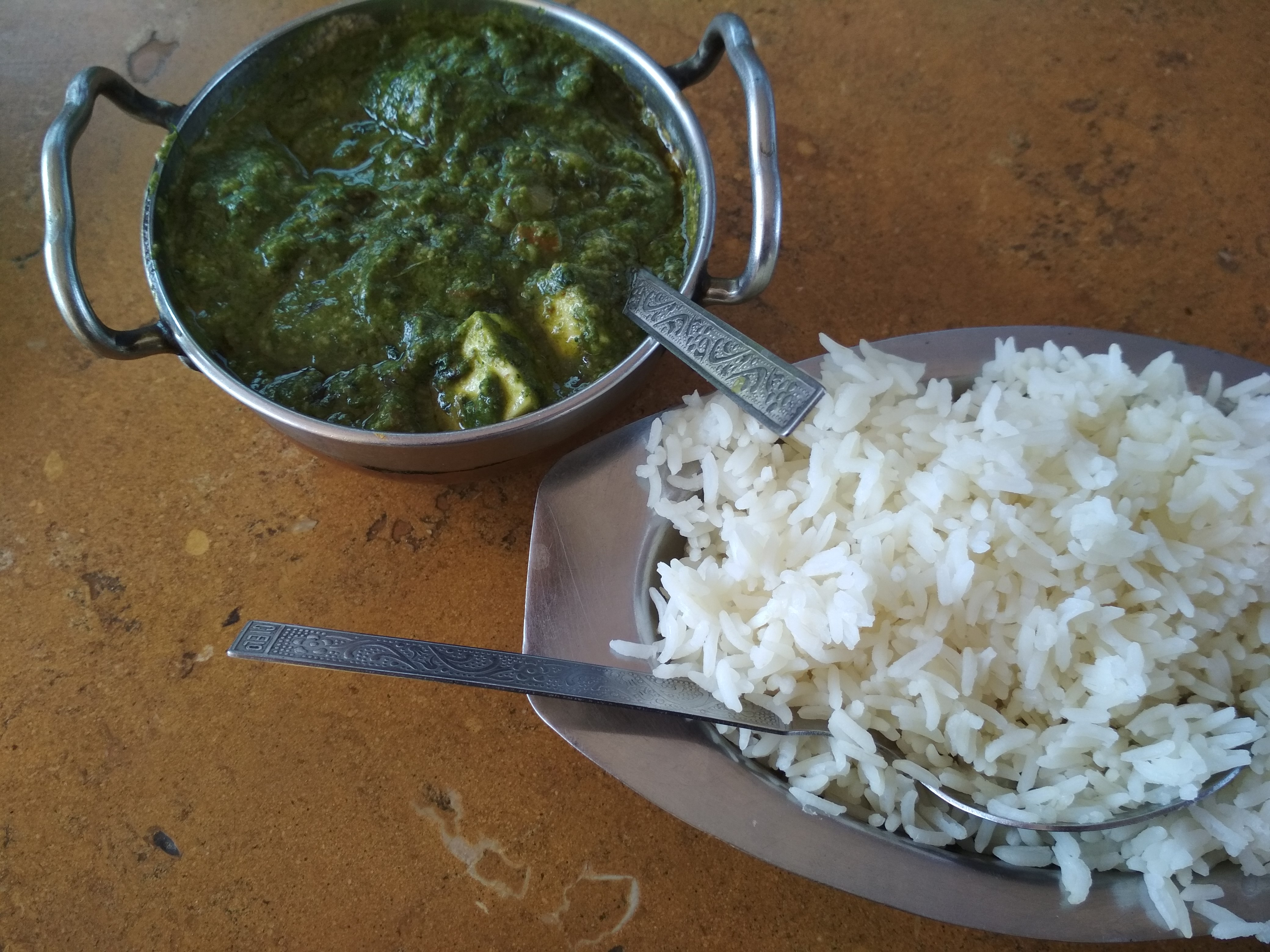 Comida India Palak Panner - Travel tips for India and country's curiosities
