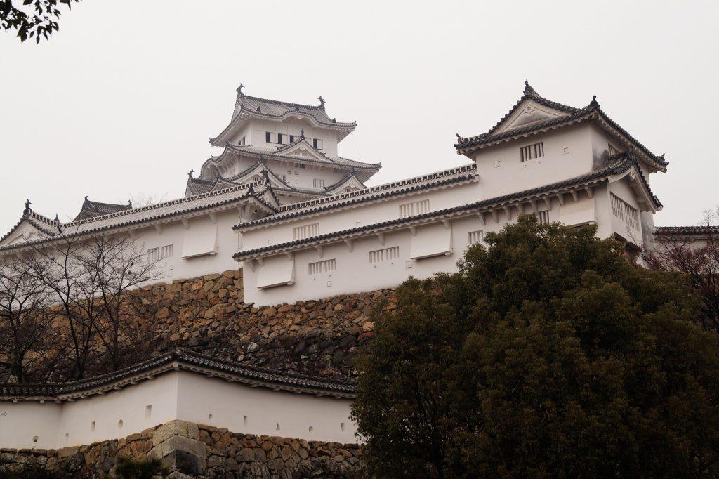 Japón Castillo de Himeji Muralla 1024x682 - El castillo de Himeji y el castillo Okayama en un día
