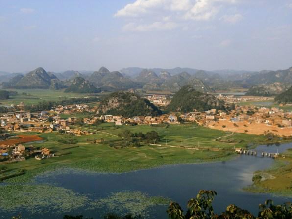 Viaje a Yunnan Puzhehei 1 - Puzhehei, visitando el paisaje kárstico de Yunnan