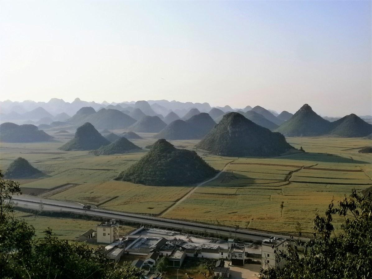 Yunnan Luoping Golden Rooster Hills - Guía de qué ver en Luoping: Un océano de flores