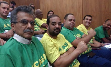 Diretoria do SNM no lançamento da Frente Parlamentar Mista no RJ