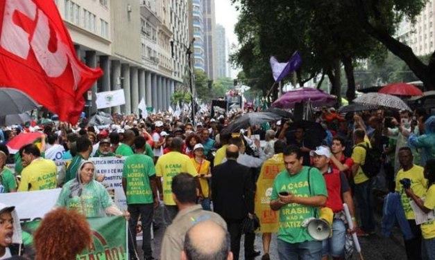 Mais um dia de protestos no Centro do Rio