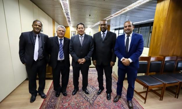SNM é  recebido pelo Vice-presidente Hamilton Mourão