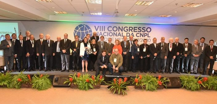 CNPL: Profissionais Liberais formalizam moção em favor da democracia e das Diretas Já