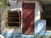 zweiter Fensterramen fixiert