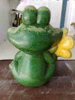 alte Gartenfigur Frosch