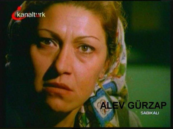 film-karelerinde-yesilcam.sinematikyesilcam.com017-alev-gurzap