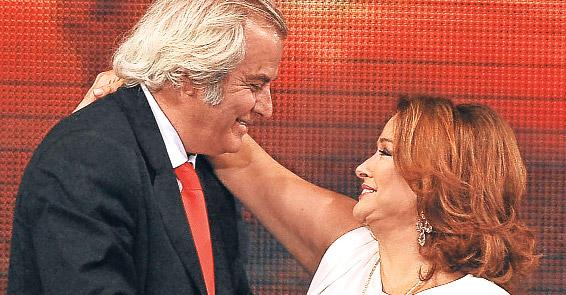 48. Antalya Altın Portakal Film Festivali'nde 1979 yılında sansürü protesto ve 1980'de darbe nedeniyle Sürü filmine verilmeyen ödül verildi