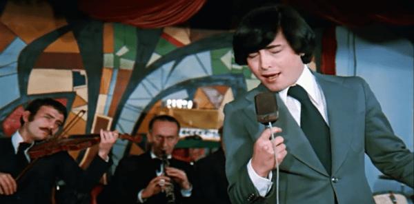 Sıralardaki Heyecan (1976)