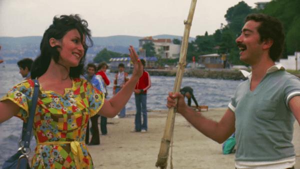 Rüştü Asyalı'nın yeşilçama veda ettiği film olan 1976 tarihli Yaman Delikanlı filmi