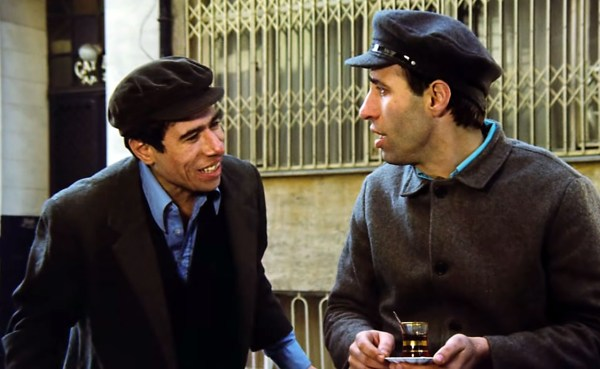 İlyas Salman'ın Fenerbahçe Dergisi'ne verdiği röportaj. İlyas Salman ile Kemal Sunal, Çöpçüler Kralı filminde.