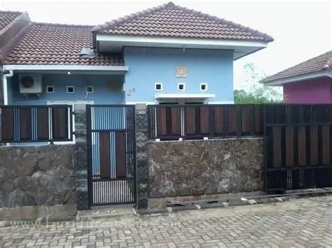 konsep desain pagar rumah minimalis tembok batu alam cantik