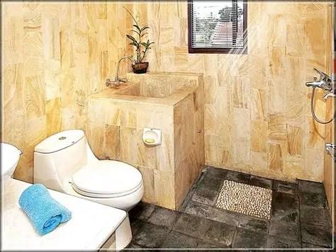 contoh desain kamar mandi lantai batu alam renovasi