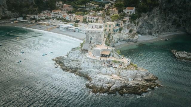 Amazing location on Amalfi Coast, in Maiori