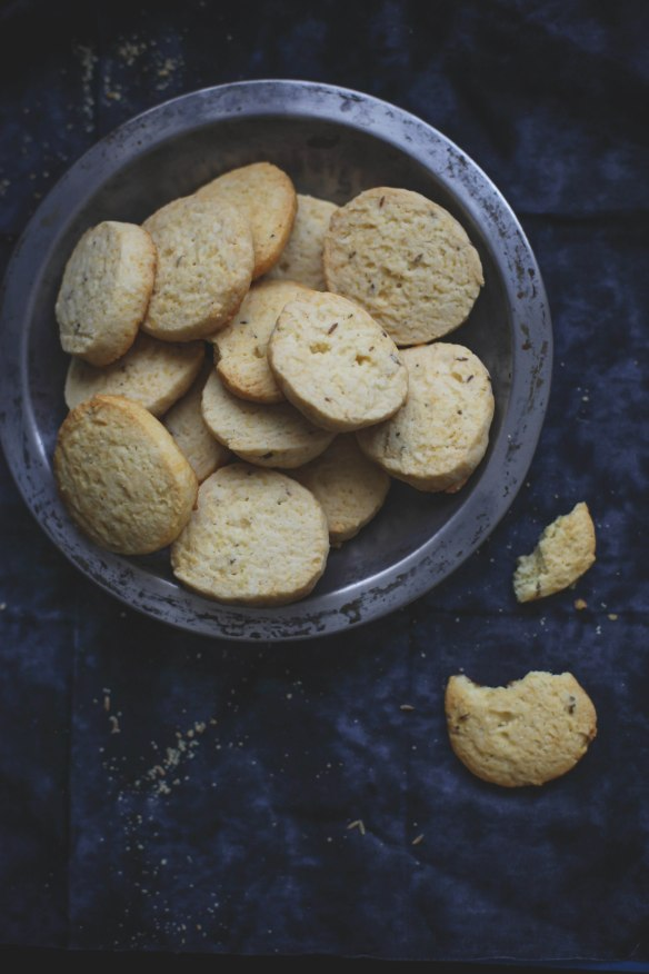 Sinfully Spicy :Jeera Biscuits 006 (Buttery Cumin Cookies)