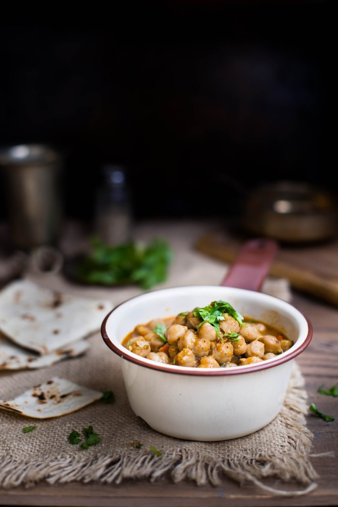 Sinfully Spicy : Pindi Chana, Tea Infused Spicy Chickpea Curry001
